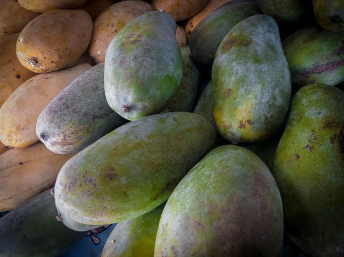 Raw mango from local market Fruit Thai Fruit Mango Green Mango Raw Mango Fruit Market Vegetable Supermarket Close-up Food And Drink Tropical Fruit Raw Food Mango Fruit Unripe EyeEmNewHere