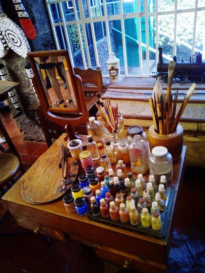 La Casa Azul Frida Kahlo Museum Diego Rivera Artist Mexico Coyoacán Mexico City Ciudad De México Pintora Artista Feminismo Arte Table