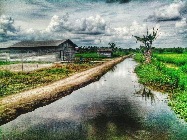 Relaxing Enjoying Life Village Tembilahan Riau HDR