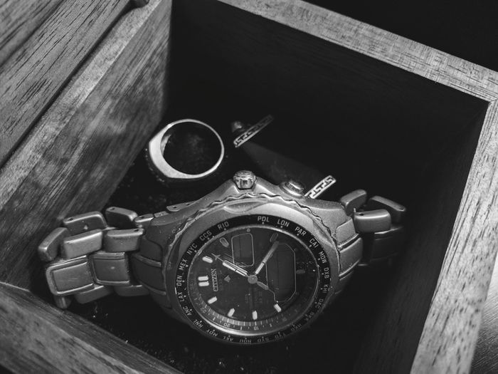 koa box with sentimental and well worn items Wood - Material Close-up No People EyeEm Gallery Taking Photos Eyem Gallery Indoor Photography Jewelry Box Watch Bnw Heydays Personal Stuff Pendant Black And White Photography Ring Jade Nostalgic  Memories ❤ Lieblingsteil Citizenwatch Citizen Eco Drive