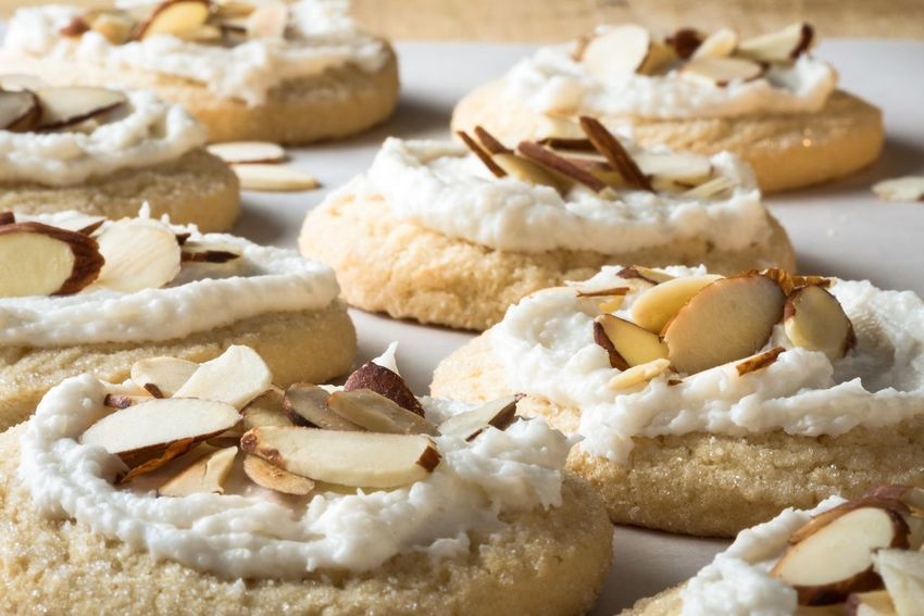 Almond sugar cookies Food No Bake Easy Foodphotography Photooftheday Iced Frosted Nuts Slivered Cookie Cookies Sugar Almond Baked Goods