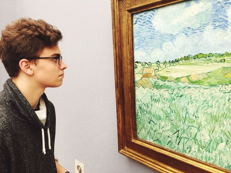 "Me being astonished by the ,,Plain near Auvers"" by Van Gogh Art Beautiful Impressionism Master Munich Eyes Oil Painting Thinking Hello World Me Colourful Painting Betterthancinema"