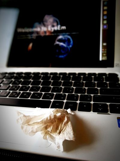Cleaning your laptop Cleaning Tissue Paper Tissue Tissue Paper Art Tissue Cleaning Notepads กระดาษชำระ Laptop Technology Using Laptop Wireless Technology Computer Indoors  Internet Connection Computer Keyboard Communication Keyboard Real People Close-up Computer Key One Person Day Indoors