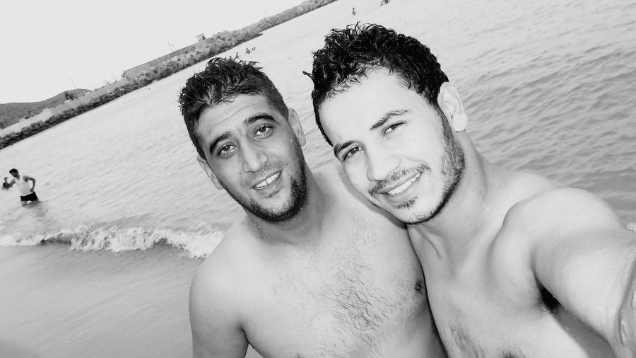 Selfie ✌ Friendship. ♡   Happy :) Beach Time Blackandwhite