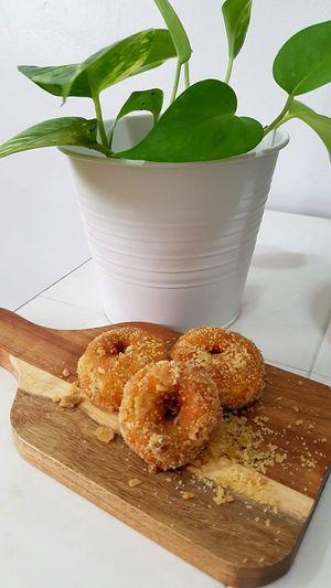 Food Leaf Close-up No People Freshness Indoors  White Background Day Kuih Keria Kuih Tradisi Malaysia Keria Gula Melaka Sedap