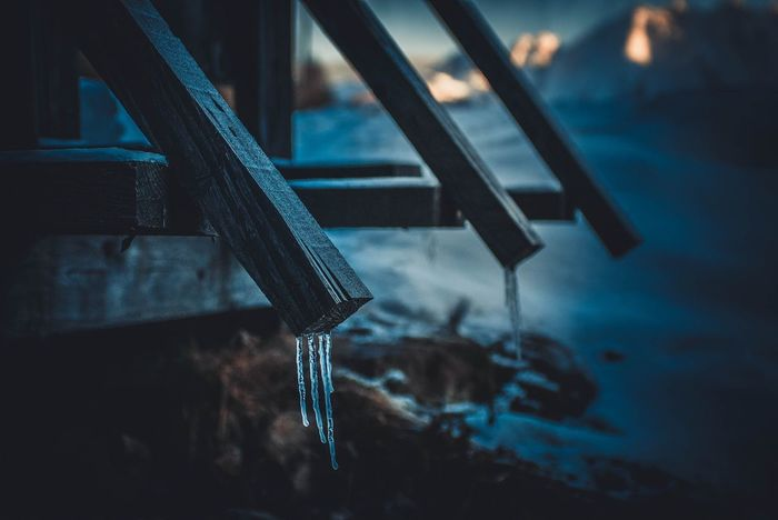 Icicles Peaks Winter Vibes Ice Mountains Snow Outdoors Explore Tranquility Icecold Cold Temperature Nature Frozen Wintertime Winter Focus On Foreground Indoors