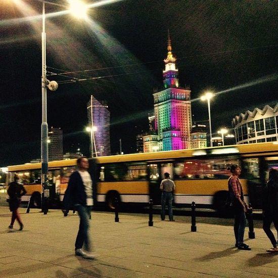 Tęcza Rainbow Warszawa  Noc Night Pałac_kultury