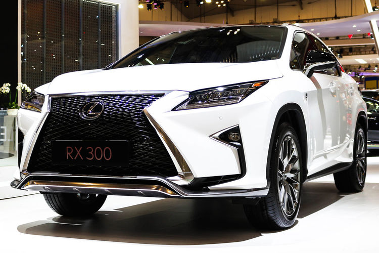 Lexus RX300 at GIIAS 2018 Architecture Building Exterior Car City Communication Day Headlight Land Vehicle Lexus Mode Of Transportation Motor Vehicle No People Outdoors Retro Styled Rx300 Silver Colored Stationary Street Text Transportation Western Script Wheel White Color