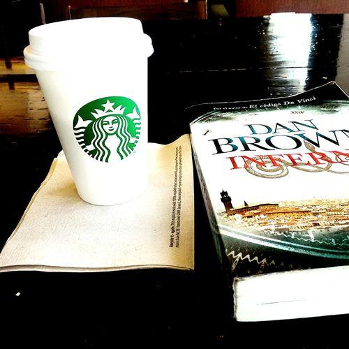 Puerto Madero Coffee Cafe Mocha Blanco Dan Brown Inferno Esperando Amor Argentina
