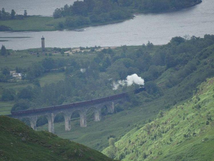 Glenfinnan viaduct Harrypotter Harry Potter Hogwarts Express Glenfinnan Train Mountains Loch Shiel Hogwarts School Of Witchcraft And Wizardry