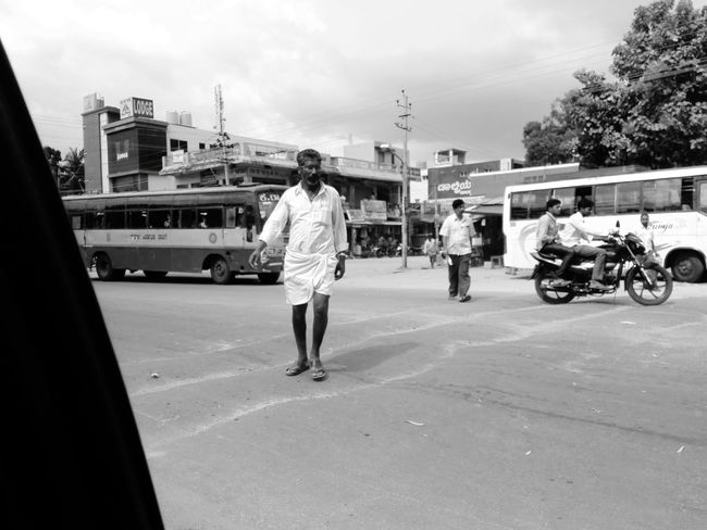 B&w Street Photography Busy Crossing The Street