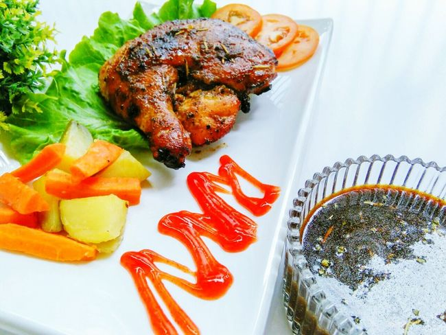 grilled chicken with marinate sause Grilled Chicken Marinated Chicken Western Food Eat Clean Food Plate Food And Drink Healthy Eating No People Ready-to-eat Freshness