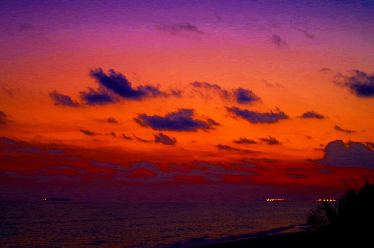 sunset, scenics, sky, sea, beauty in nature, orange color, nature, tranquil scene, tranquility, silhouette, beach, no people, outdoors, horizon over water, water