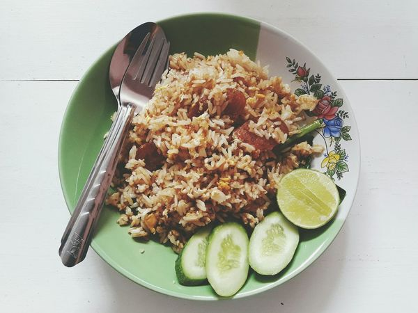 Eat like an asian. Food And Drink Bowl High Angle View Indoors  Healthy Eating Freshness No People Ready-to-eat Plate Close-up Day Food EyeEm Selects Thai Cuisine Thailand Thai Food Rice Dish Plain Background Spoon And Fork
