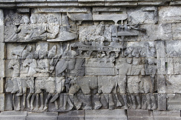 Beautiful bas-relief wall decor carved in stone at Borobudur Temple, Yogyakarta, Indonesia Carvings In Stone INDONESIA Wall Yogyakarta Ancient Civilization Architecture Art And Craft Bas Relief Bas-relief Borobudur Buddhism Built Structure Carving Carving - Craft Product Craft History Human Representation No People Outdoors Religion Representation Rocks Stone Material The Past Wall - Building Feature
