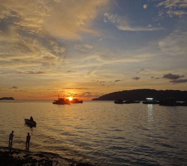 Life Is A Beach Landscape Water Reflections Sunset at Kotakinabalu Sabah Malaysia, Relaxing,taking Photos,enjoying Life,