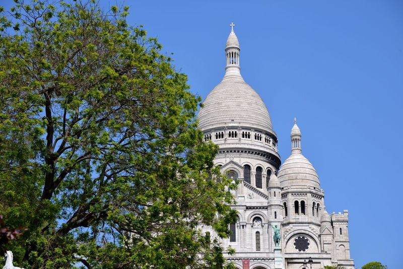 Sacre Coeur Sacrecoeur Basilica Church Paris Paris, France  Building Facade Building Historical Place Historical Building Architecture Façade Building Exterior Paris, France  Classical Architecture Outdoor Photography Art And Craft Outdoors Historic Building White Wall Tourist Attraction  Tourist Destination Touristic Tourist Place