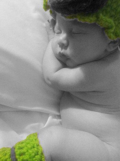 "New Born Photography ""my little angel"""