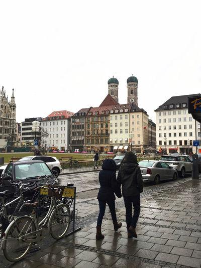 Bavaria Frauenkirche Friends Munich Rain Street Two People Urban