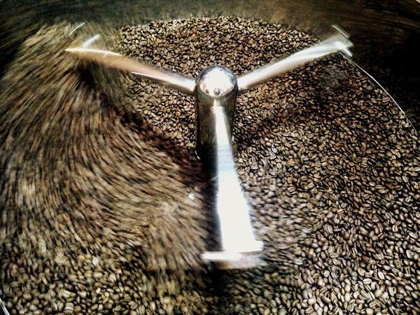 coffee roasting Coffee Bean Coffee Bean Roaster Coffee Process Coffeelover Coffeeaddict Coffee Coffee Roasters Coffee Roasting Machine Coffee Roast