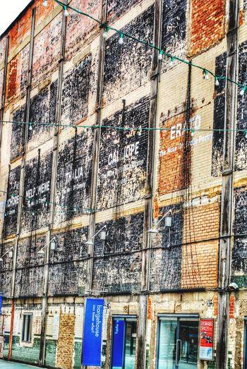 the wall Photowalktheworld Backgrounds Full Frame Architecture Building Exterior Close-up Built Structure Street Art Mural Building Mosaic Aerosol Can ArtWork Painted Graffiti Vandalism Architectural Detail Fresco Office Building Settlement Residential Structure Hip Hop Spray Paint Art Exterior Wall Historic