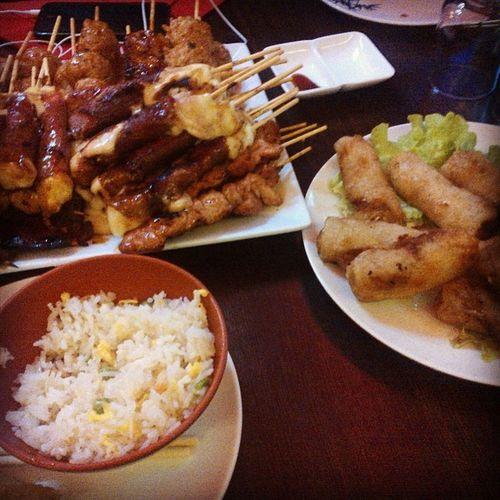 Aujourd'hui on a mangé à la Sangoku W/ @mayz305 @ddubayne @rouxpascool GrosMangeur Japonesefood Friends Goodvibe PornFood