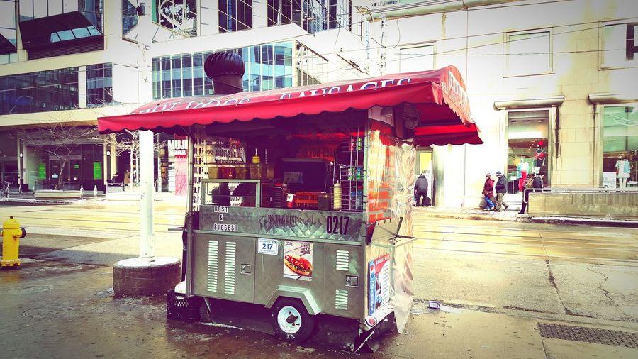 Streetfood Hot Dog Stand Toronto FreezingMyAssOff