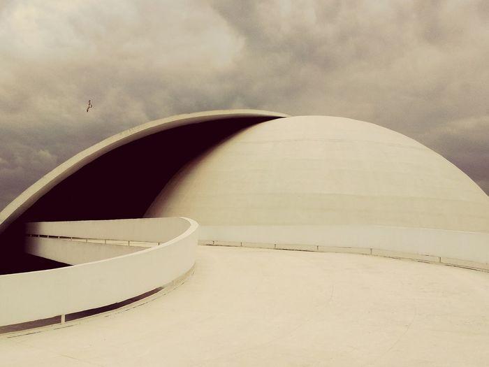 Oscar Niemeyer Niterói Brasil Arquitecture Arquitectura Architecture Architecture_collection Architecturelovers Archilovers Architecturephotography Brasil ♥ Architecture Details Architecture_collection Architecture Brasil Brasil_greatshots Brasildosmeusolhos_ BrasilSensacional Great Architecture  Great Atmosphere Arquiteturabrasileira Arquitetura Moderna Arquitetura♥♥♥