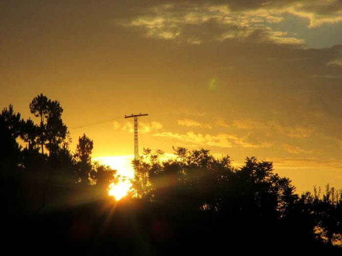 Sunset Silhouette Scenics Lost In The Landscape Perspectives On Nature Capture Tomorrow