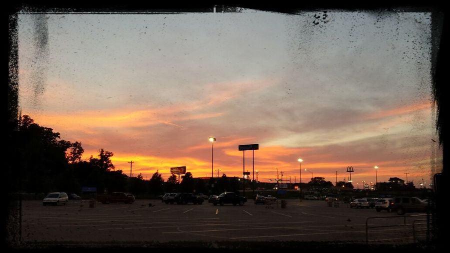 watched the gorgeous sunset while sitting in thw car. Enjoying Life