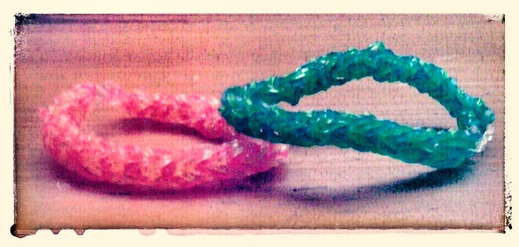 ▪i made rubber bad bracelets, it took ages but worth it cuz it is very cute and pretty▪♥♥♥ Pretty Girlfriend & Boyfriend Cute ♥