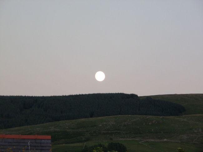 Full Moon 🌕 Full Of Life bg at fairbourne