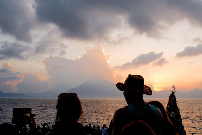 Last sunset 2016 Cloud - Sky Lake View Man With Hat People People Watching Photographing Sky Sunset Volcano