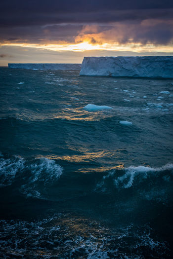 Brasvellbreen Expedition Ice SvalbardIslands Arctic Arctic Landscape Beauty In Nature Cloud - Sky Dramatic Horizon Over Water Iceberg Iceberg - Ice Formation Motion Nature Ominous Sky Outdoors Power In Nature Scenics - Nature Sea Sky Summer In The Arctic Sunset Svalbard  Water Wave #FREIHEITBERLIN The Great Outdoors - 2018 EyeEm Awards The Traveler - 2018 EyeEm Awards The Photojournalist - 2018 EyeEm Awards