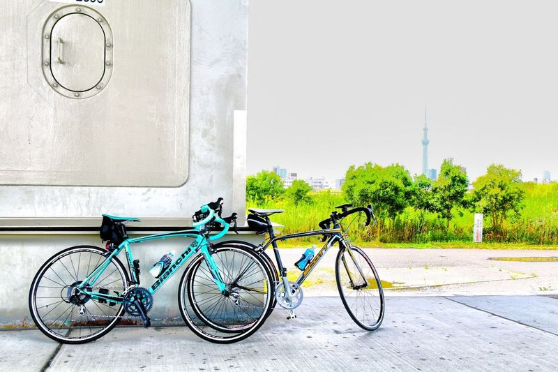 CyclingUnites Bicycle Mode Of Transport Transportation Land Vehicle City Parking Stationary Wheel Pedal No People Outdoors Tire Day お出かけしよう