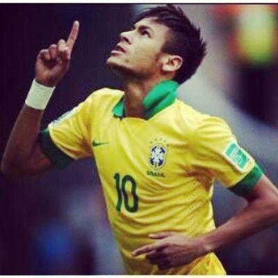Deus no comando! Deus sabe o que faz. Que ele te abençoe, te proteja. O Brasil esta contigo. Te Amamos! Nosso Garoto. Nosso Craque. Parabéns Por Tudo. Deus Esta CONTIGO. Neymar Dentro e fora de campo, em nossos corações pra sempre. BrasilCampeao Forçaneymar ForçaBrasil