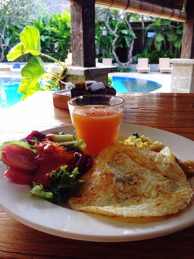 I am in Bali Kuta. Hotel breakfast.🍳
