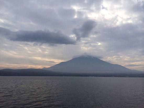 山中湖 富士五湖 笠雲 富士山