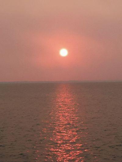 Sea Red Sun
