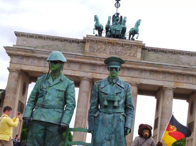 Brandenburger Tor Soldaten