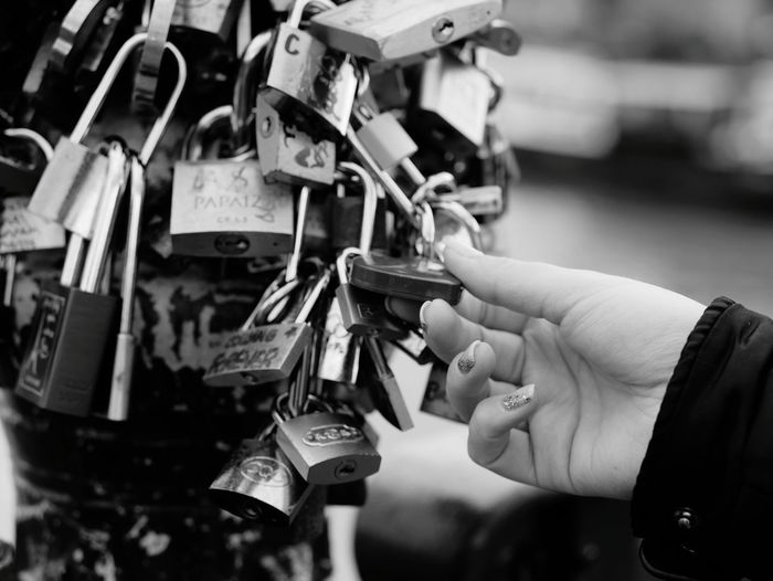 Blackandwhite French France 🇫🇷 EyeEmBestPics Eye4photography  Eyeemphotography Paris Paris ❤ Paris Je T Aime Love ♥ love yourself Lovely people and places People Of EyeEm Photooftheday Frenchgirl Locked Blackandwhite Photography Human Hand Love Lock Luck Lock Padlock Giving Love Choice Key