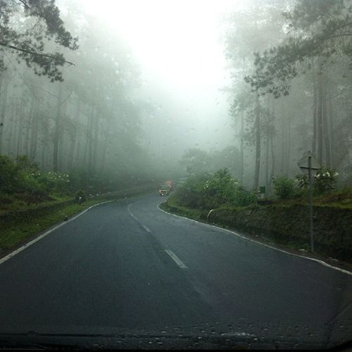 Seems like a long road to escape. Hallogen Bandung Latepost Otw tangkubanperahu indonesia driveslow holiday
