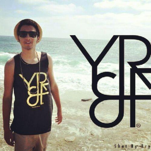 Youngrichandflashy