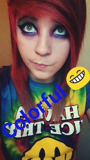 I was colorful today. ? Eyeshadow Dyed Hair :) Shortie