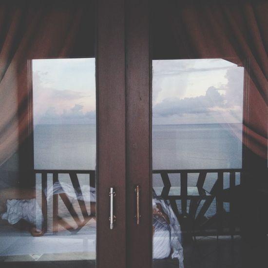 Sleeping Horizon Balcony Morning Woman Reflection Ocean View