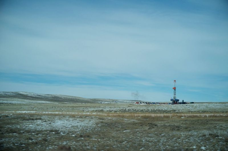February 11, 2018 Winter Wyoming Built Structure Day Drilling Rig Fuel And Power Generation Industrial Equipment Industry Nature No People Oil Industry Oil Well Outdoors Scenics Sky Water