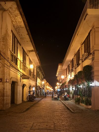 Calle Crisologo Street! Architecture Night Building Exterior