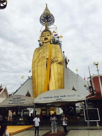 ทำบุญ Hello World Buddha วัดอินทรวิหารบางขุนพรหม Enjoy Life Photos Good Times Today (:  Have A Nice Day♥ Happy My Life