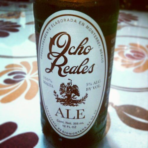 Nueva Cerveza Regiomontana Artesanal OchoReales . 100% Malta , 5% Alcohol