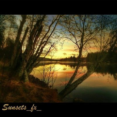 Presenting today's sunsets_fx_ featured artist: _zuuluu show your appreciation for this outstanding artist by leaving a like and visit their amazing gallery! For your chance to be featured: follow: sunsets_fx_ tag: #sunsets_fx
